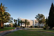 PHG_Hotel_Facade_HIGH (1)
